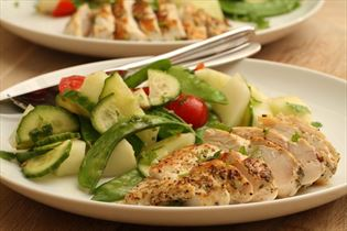 Chicken with melon salad