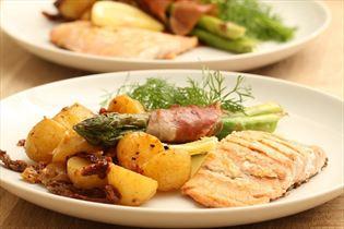 Salmon with lemon and Dijon potatoes