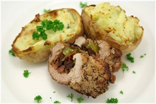 Pork tenderloin with stuffed potatoes