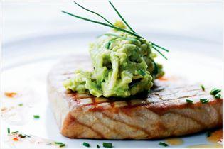 Grilled tuna with wasabi avocado