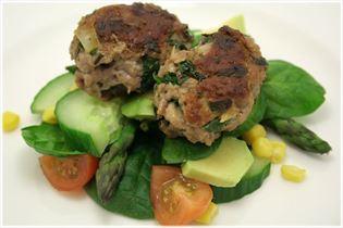 Turkey rissoles with spinach