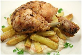 Grilled chicken with homemade remoulade and fries