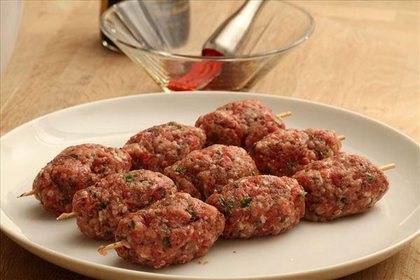 Greek meatballs with tzatziki and tomato salad