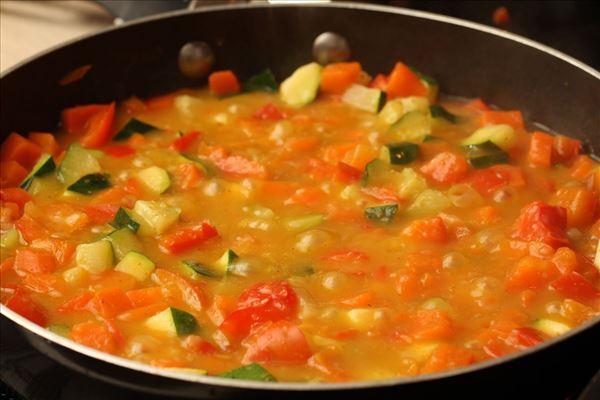 Pork tenderloin with vegetables
